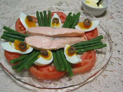ゆで鮭のアイヨリソース