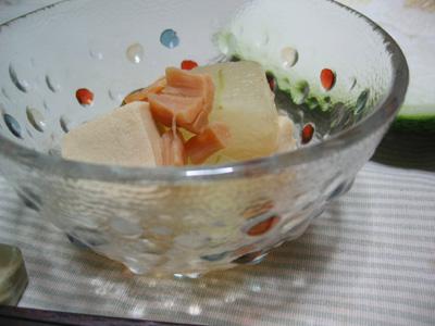 冬瓜と高野豆腐のたき合わせ